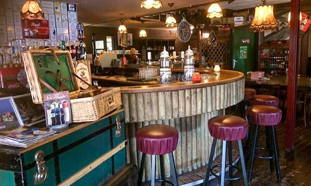Eetcafé & Bowlinghut de Praeter