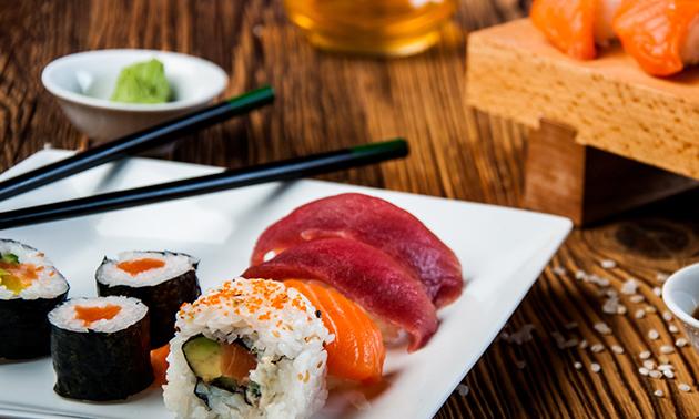 Sushi AUB, Afhalen: sushibox (12, 20 of 34 stuks) in ...