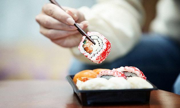 Sushi by Momoyama
