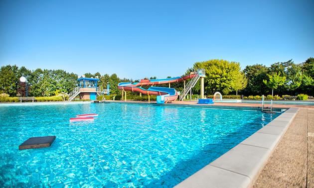Beekse Bergen Zwembad.Zwembad Zidewinde 13 Strippenkaart Voor Zwembad Zidewinde Bespaar