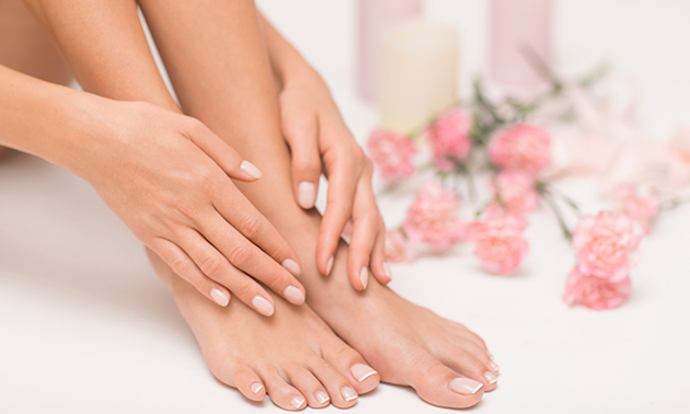 Manicure- of pedicurebehandeling evt. + gellak