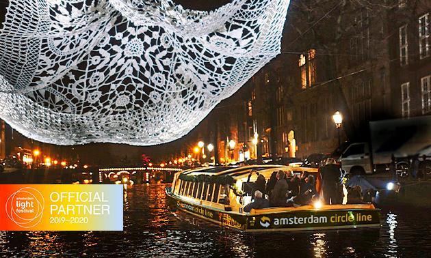 Rondvaart + drankjes tijdens Amsterdam Light Festival