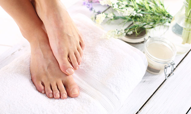 Pedicurebehandeling (60 tot 90 min)