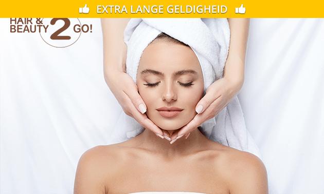 Gezichtsbehandeling met aromatherapie (60 of 75 min)