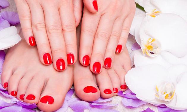 Manicure- en/of pedicurebehandeling + gellak