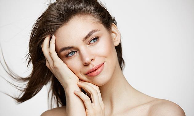 Microdermabrasie-gezichtsbehandeling(en)