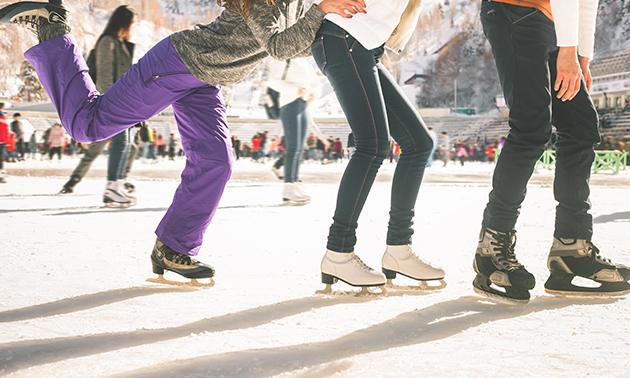Schaatsen + warme drank + koek bij Friends On Ice