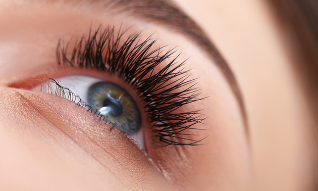Brow lamination, wimperextensions of wimperlift
