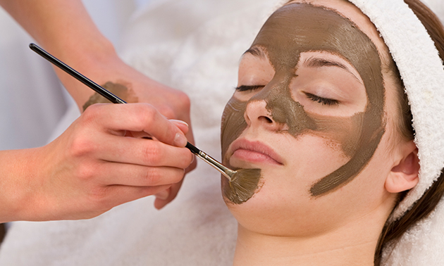 Chocolade-gezichtsbehandeling (50 min)