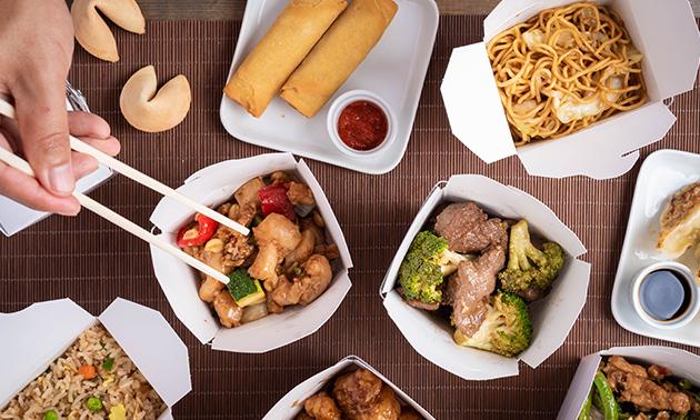 Thuisbezorgd of afhalen: rijsttafel bij Het Cruydenhuisch
