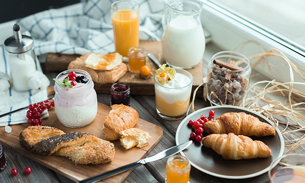Afhalen: luxe ontbijt/lunch + jus d'orange
