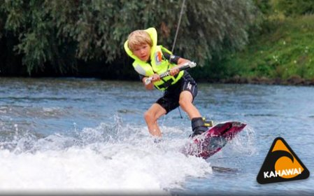 petite postorderbruid watersport in de buurt Amersfoort
