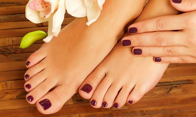 Gellak voor voeten + evt. pedicurebehandeling