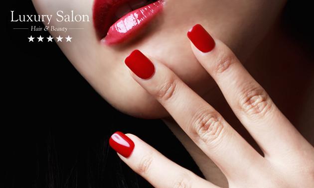Manicurebehandeling naar keuze + evt. gellak