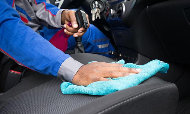 auto interieur reinigingsbeurt