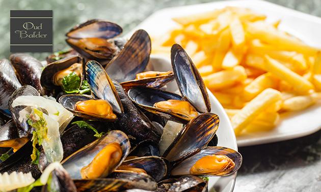 Zeeuwse mosselen (1,2 kg) + frietjes + saus