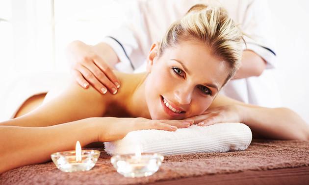 Aromaölmassage(n) bei Paradies Thai Massage (60 Min.)