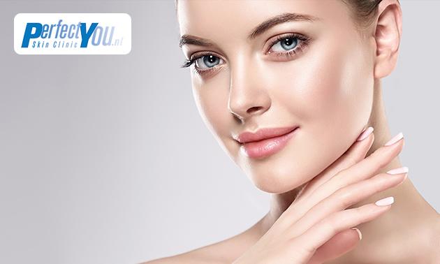 Niet-chirurgische faceliftbehandeling(en)