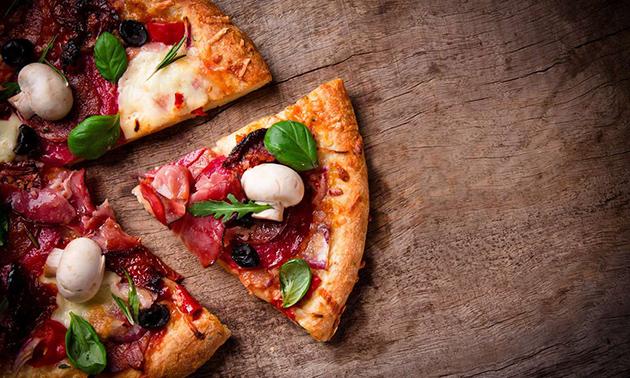 Pizza naar keuze + drankje in hartje Almere