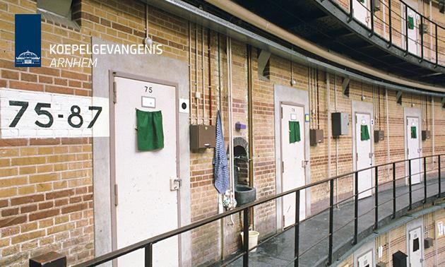 Prison-escaperoom (1 tot 10 personen)