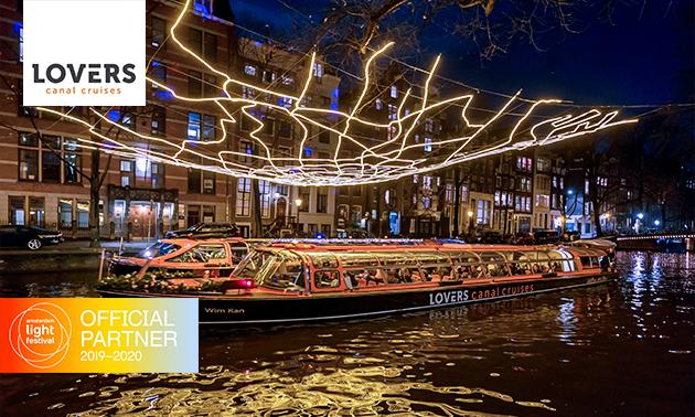 Rondvaart (90 min) tijdens Amsterdam Light Festival