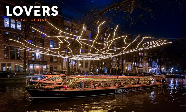 Rondvaart (75 min) tijdens Amsterdam Light Festival