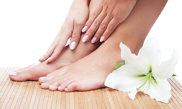 Gellak en/of manicure- of pedicurebehandeling