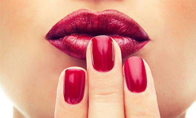 Spa-manicurebehandeling (60 min)