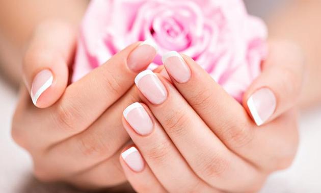 Gellak en/of manicurebehandeling(en) + evt. paraffinepakking
