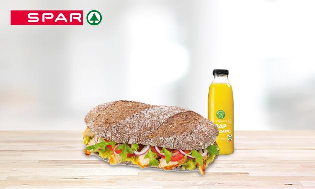 Broodje + flesje sap bij Spar City in hartje Assen
