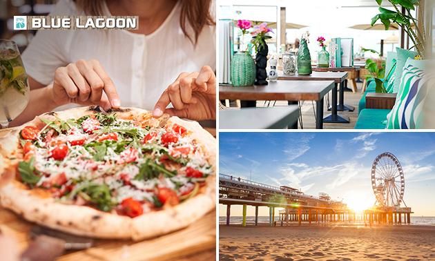 Pizza op het terras van Strandpaviljoen Blue Lagoon