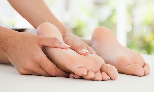 Voetreflexbehandeling + evt. voetenbad