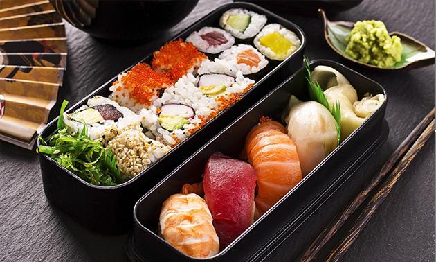 Take-away sushibox + frisdrank voor 1 of 2 personen