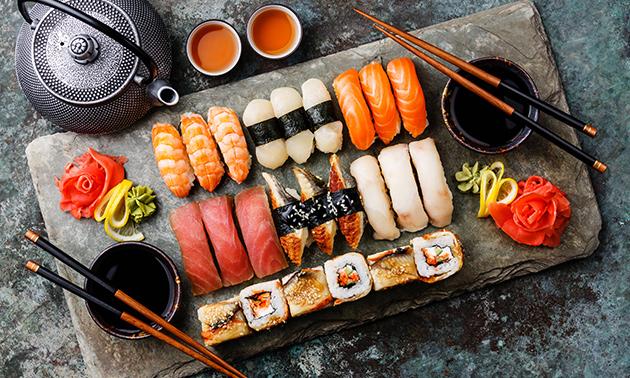 Afhalen: sushibox (28 of 60 stuks)