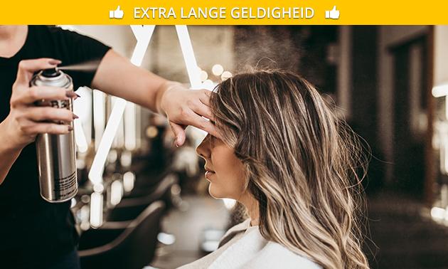 Olaplex-haarbehandeling evt. + wassen, knippen en stylen