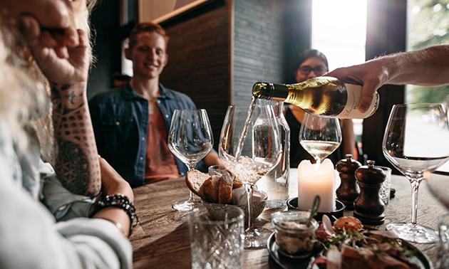Wijnproeverij aan huis voor 4 personen (1,5 uur)