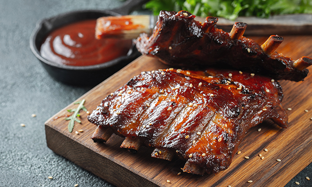 All-You-Can-Eat spareribs of chicken wings