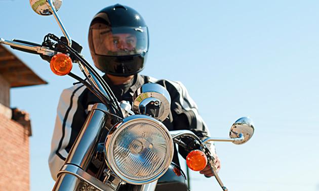 10 of 12 motorrijlessen + examen(s)