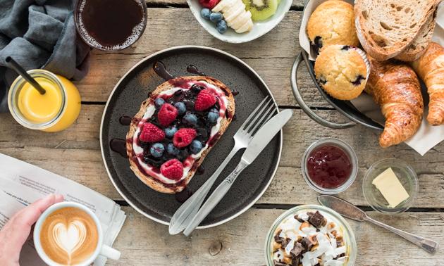 Ontbijt + drankje bij Yoghurt Barn in hartje Breda